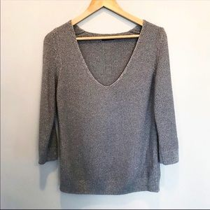 Massimo Dutti gray v neck sweater